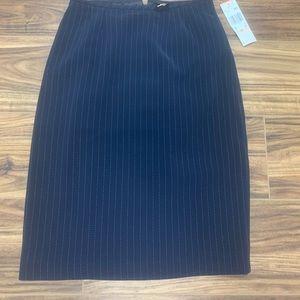 Kasper pin-striped skirt size 2P, NWT